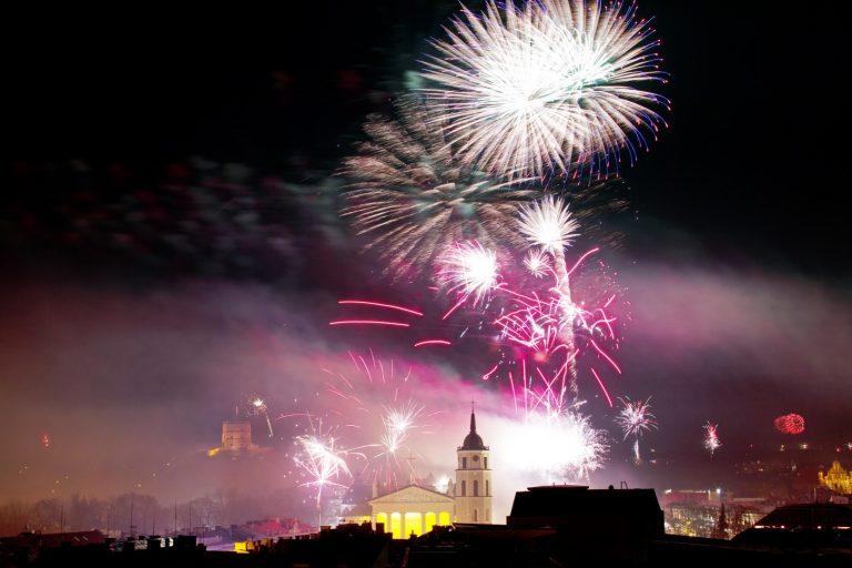 New Year Fireworks Naujametiniai fejerverkai Vilnius Giedrius Matulaitis matulaitis.lt